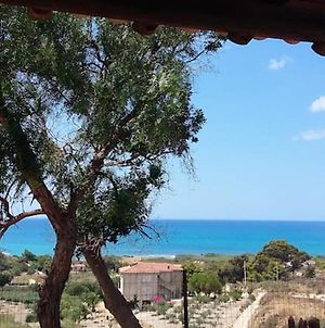 Apartment With 2 Bedrooms In Seccagrande With Wonderful Sea View Furnished Terrace And Wifi 900 M From The Beach photos Exterior