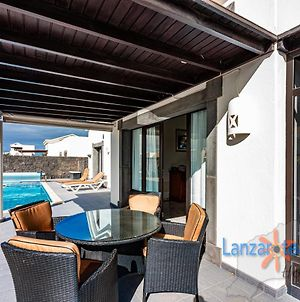 Villa Maura Detached With Private Climatized Pool In Playa Blanca photos Exterior