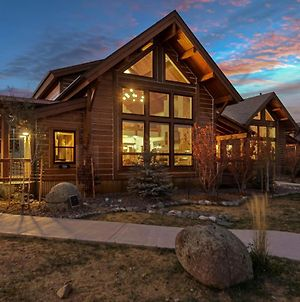 Cozy & Relaxing - Steps To Lake Estes, Indoor And Outdoor Fireplace, Close To It All! photos Exterior