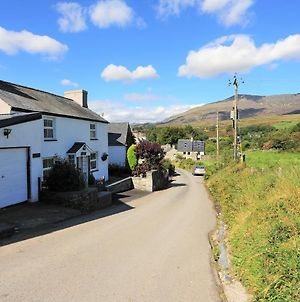 Glan Dwr Holiday Cottage photos Exterior