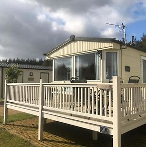 Lovely 3Bed Caravan In Morpeth With Free Golf photos Exterior