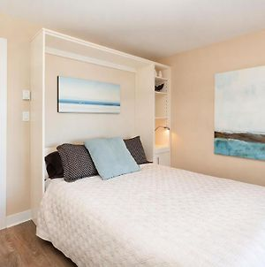Otter Grotto 2 Bed Suite - Oceanfront Relaxation photos Exterior
