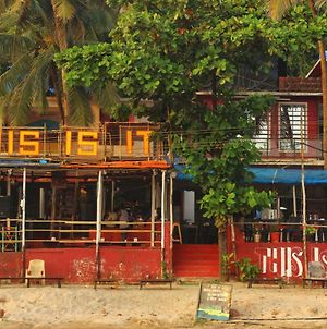This Is It - Beach Hostel, Rooms And Huts photos Exterior
