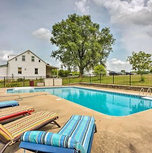 Charming Berger Apt On 42-Acre Farm With Pool Access photos Exterior