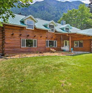 Pastoral Troy Log Home With Cabinet Mountain Views! photos Exterior