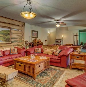 Charming Lewisville Apt With Pool Table On 130 Acres photos Exterior