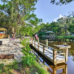 Unique Canalfront Homosassa Log Cabin With Hot Tub photos Exterior