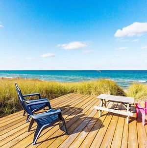 Waterfront Onekama Cottage With Private Deck And Views! photos Exterior