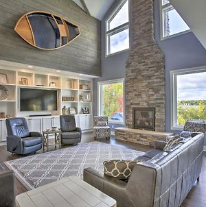 Luxe Lakefront Escape With 4 Kayaks, Hot Tub, Beach! photos Exterior