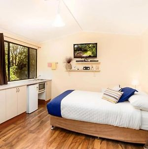 Cosy & Relaxing Country Getaway At Lorikeet Studio Apartment - Pets Welcome photos Exterior