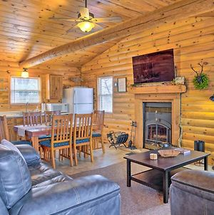 Cabin Retreat On Table Rock Lake With Fire Pit! photos Exterior