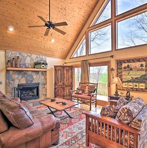 Mountain Cabin In Murphy With Hot Tub And Views! photos Exterior