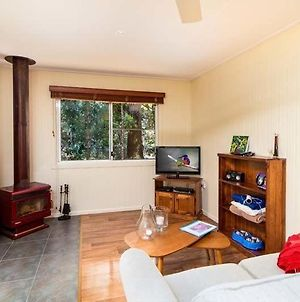 Relaxing Rosella Cottage With Beautiful River Views - Pets Welcome photos Exterior
