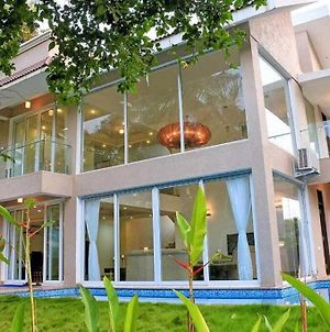 Sea Horse Glass Villa -4 Bedroom With A Private Pool photos Exterior
