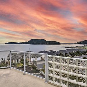 Inviting Anacortes Home With Stunning Bay Views photos Exterior