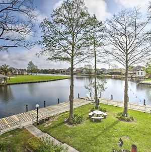 Spacious Waterfront Home With Boat Dock And Deck! photos Exterior
