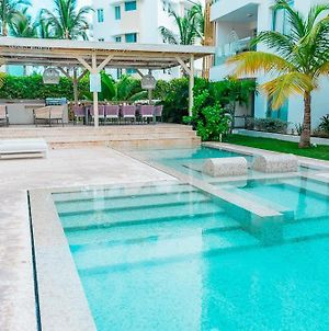 Luxurious Condo Steps From The Beach, A2, Los Cora photos Exterior