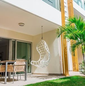 Luxurious Condo Steps From The Beach, F1, Los Cora photos Exterior