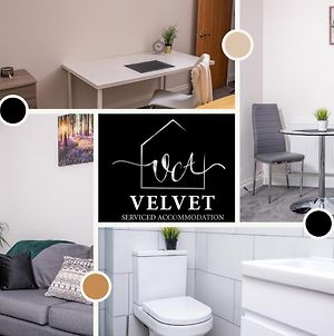 1 Bed House At Velvet Serviced Accommodation Swansea With Free Parking & Wifi - Sa1 photos Exterior