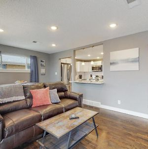 Remodeled Upper Unit With 2 King Beds In Denver photos Exterior
