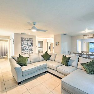 Naples Home With Pool About 1 Mi To Bluebill Beach! photos Exterior