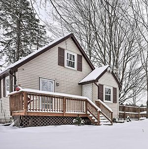 Cozy Eau Claire Cottage - 0 2 Miles To Lake! photos Exterior