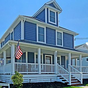 Stylish House One Block To Beach With Linens And Parking photos Exterior