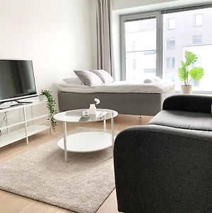 City Home Finland Big Luxury Suite - Spacious Suite With Own Sauna, One Bedroom And Furnished Balcony Next To Train Station photos Exterior