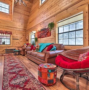 Rustic Duck Creek Village Cabin With Fire Pit! photos Exterior