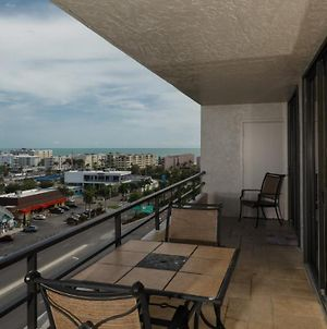 Luxury Contemporary Style Apartment On The Anchorage, Siesta Key Apartment 1001 photos Exterior