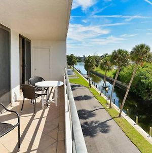 Rent The Perfect 2 Bedroom Apartment On The Anchorage, Siesta Key Apartment 1009 photos Exterior