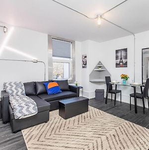 Prime Location - Trendy 1Br In The Byward Market! photos Exterior