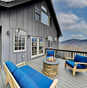 Mountain-View Home With Private Hot Tub & Firepit Home photos Exterior