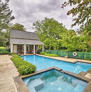 Historic Virginia Wine Country Villa With Pool And Yard photos Exterior