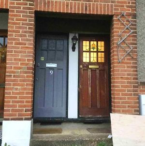 Apartment With 2 Bedrooms In Greater London With Wonderful City View Terrace And Wifi photos Exterior