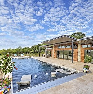 May Ranch Retreat With Pool Outdoor Paradise! photos Exterior