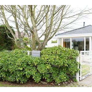 Quiet Location, Yet Close To The Beach And Center, Large Enclosed Garden photos Exterior