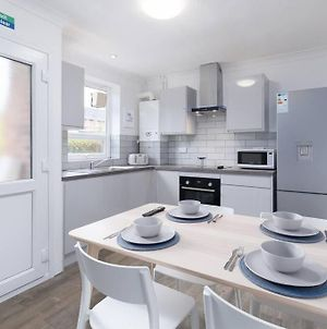 Upgraded 5 Bed, Within 1 Mile To Uea/Hospital photos Exterior