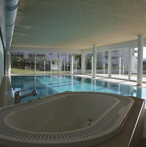 Indoor Swimming Pool, Sauna, Fitness, Private Gardens, Spacious Modern Apartment photos Exterior