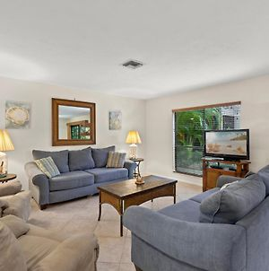 Hidden Gem Private Condo With Room For The Family - Blind Pass F110 photos Exterior
