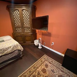 Private Standalone Room W/ Tv, Wifi & Ac In Carson photos Exterior