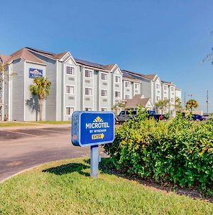 Microtel Inn & Suites By Wyndham Zephyrhills photos Exterior
