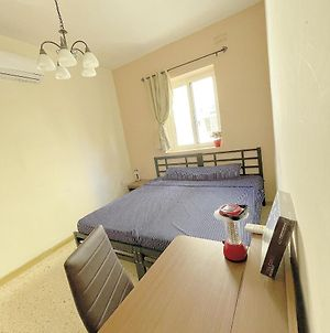 Sliema, Gzira,Most Central,500 Meters From Sea Front photos Exterior