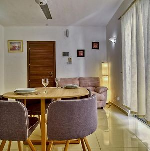 Mellieha Cozy 1 Bedroom Apartment, Sleeps 3 photos Exterior