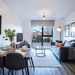 The Interchange Opulent Living Serviced Accommodation Manchester, 2 Bedroom Apartments Available, Book Today photos Exterior