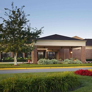 Sonesta Select Milwaukee Brookfield photos Exterior