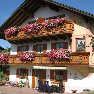 Beautiful Apartment In Ingenried With Bavarian Alps View photos Room