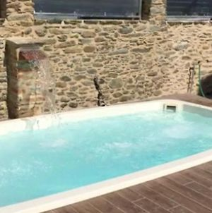Apartment With 2 Bedrooms In Capanne Prato Cinquale With Enclosed Garden And Wifi 4 Km From The Beach photos Exterior