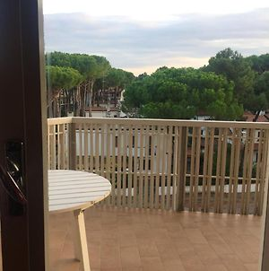 Apartment With 2 Bedrooms In Lido Di Spina With Wonderful Sea View And Enclosed Garden 200 M From The Beach photos Exterior