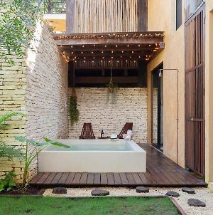 Unique-Style Apartment With Swing Hammocks And Plunge Pool photos Exterior